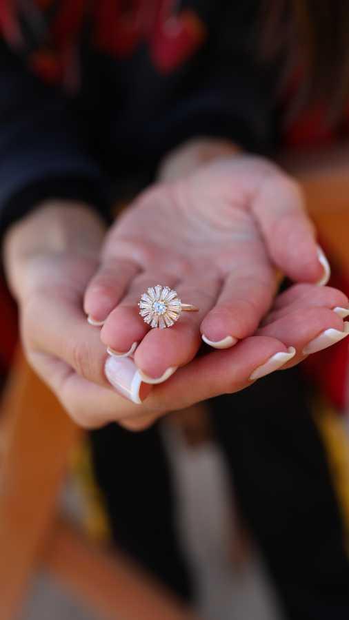 - Çiçek Yüzük